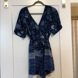 Beautiful blue floral romper!!